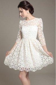 Vestido-curto-de-renda-branco